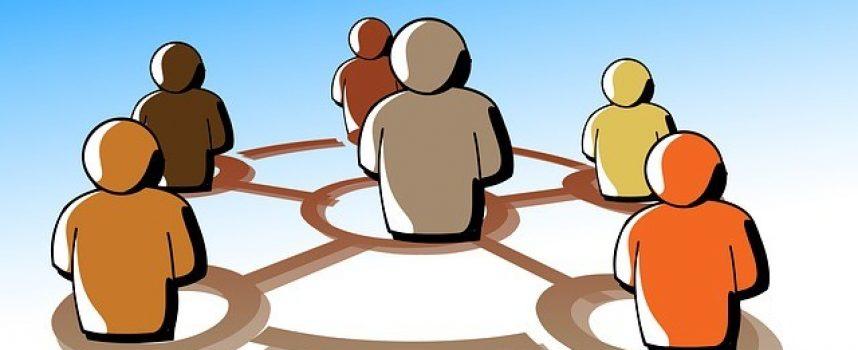 Guía para usar al 100% las conexiones y el networking para la búsqueda efectiva de empleo, y el avance en la carrera profesional.