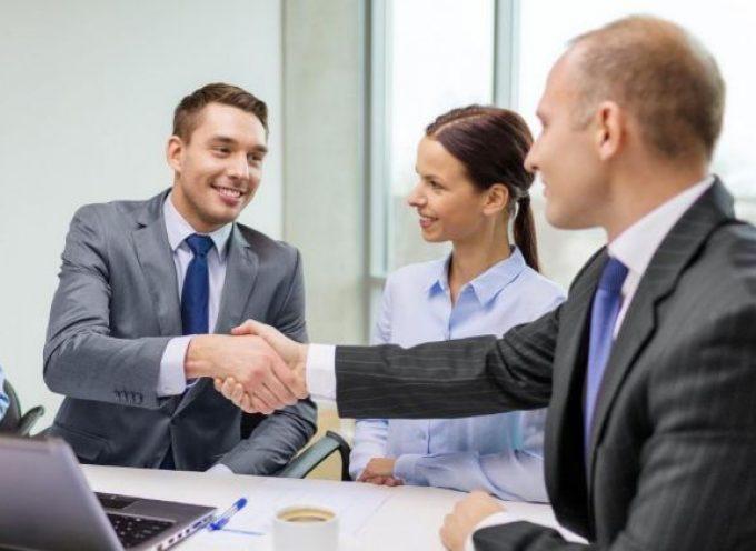 Los tres minutos de oro para conseguir un empleo