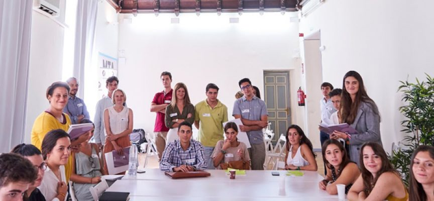 Jóvenes emprendedores españoles apuestan por crear proyectos sociales