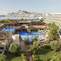 Ibiza Gran Hotel está buscando 74 profesionales de la hostelería