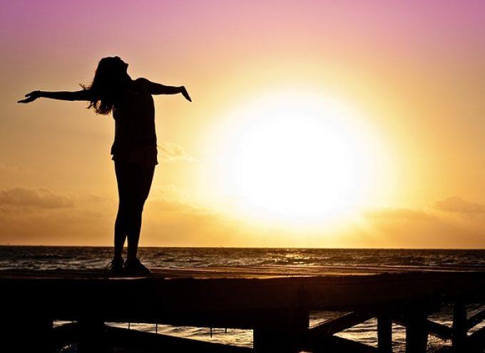Seis actitudes para vivir la felicidad sin complejos