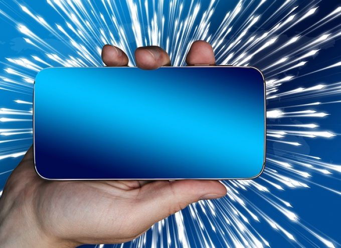 Tecnología cloud y sus mejores aliados: smartphone y redes sociales
