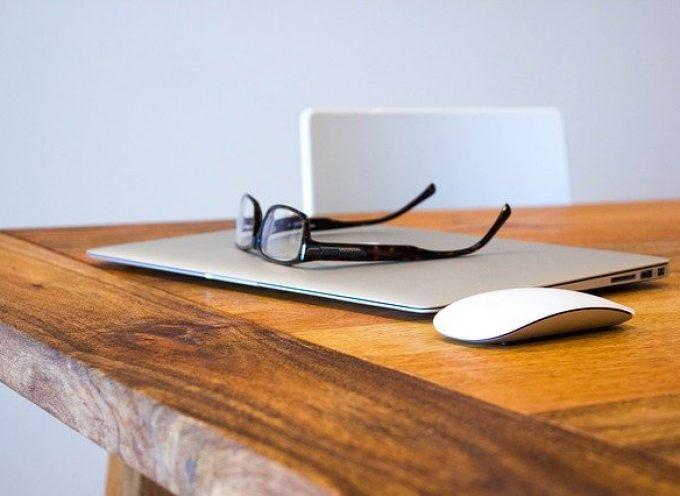 Ergonomía y movimiento. Las claves para teletrabajar productivamente en casa sin sufrir problemas posturales